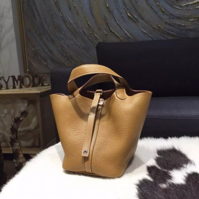 Luxury Hermes Picotin Lock Bag 18cm/22cm Taurillon Clemence Palladium Hardware Handstitched, Natural Sable CK21 RS16208