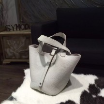 Hermes Picotin Lock Bag 18cm/22cm Taurillon Clemence Palladium Hardware Handstitched, Pearl Grey CK80 RS15616